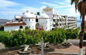 Hotel on Sale in Zona Dorada Tequesquitengo